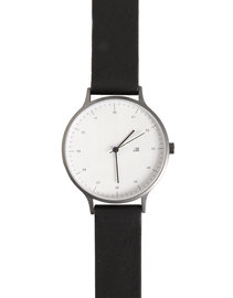 View the Instrmnt 01 GM/B online at Kafka